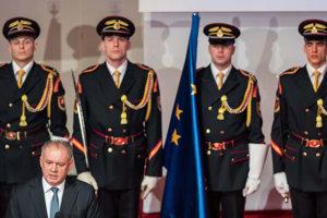 Andrej Kiska počas udeľovania štátnych ocenení.