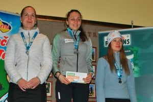Timea Mihoková (v strede) si na svoje konto pripísala ďalšie víťazstvo