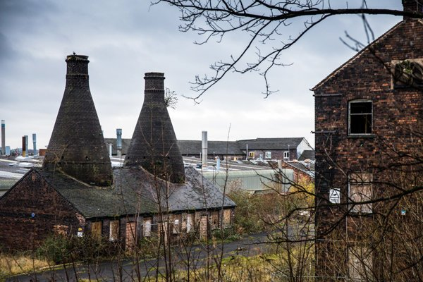 Kedysi bol Stoke-on-Trent známy keramikou, dnes ich trápi sociálna situácia. Riešenie vidia v brexite.