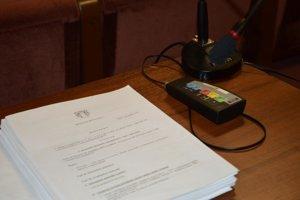 V Šali budú voliť nových členov komisii až vo februári.