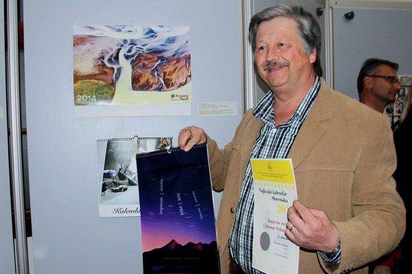 Ľubomír Schmida z Ružomberka získal 2. miesto za kalendár Impresie svetla. Druhým oceneným Liptákom, ktorý získal čestné uznanie, je Vladimír Škuta z Liptovského Hrádku pôsobiaci v Bratislave. Ocenenie získal za Saleziánsky misijný kalendár 2014.