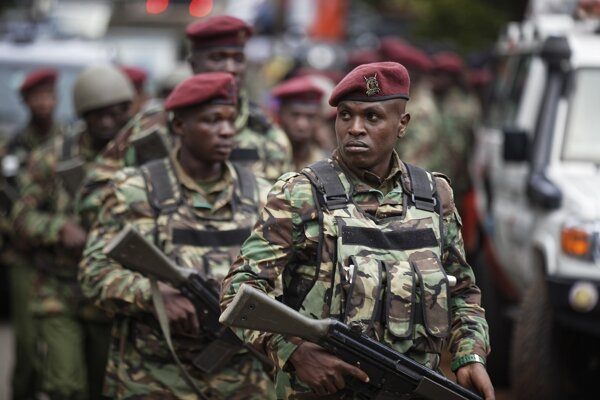 Kenské bezpečnostné zložky.