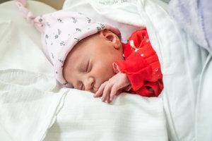 Olívia Prechádzková (2930 g, 47 cm) sa narodila 7. januára Natálii a Tomášovi z Dubodiela.