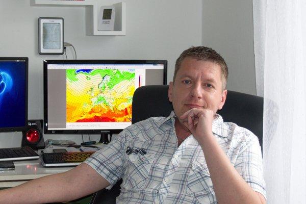 Marián Cigánik, meteorológ amatér, sa dnes počasím už živí.
