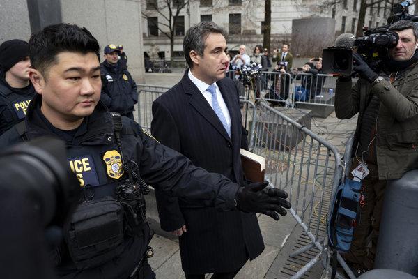 Trumpov právnik Cohen už spolupracuje s vyšetrovateľmi.