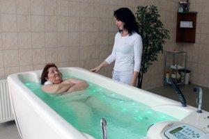 Niektorí zamestnávatelia prispievajú aj na pobyt v kúpeľoch.