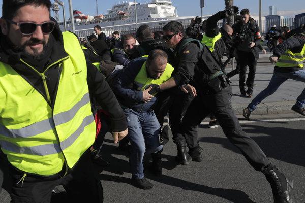 Protest taxikárov v Barcelone