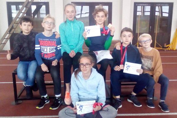 Úspešní najmladší atléti Atletického oddielu Žilina.