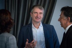 Kandidát na prezidenta Robert Mistrík.
