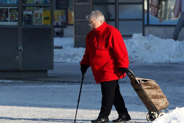 Starnutie, nízka pôrodnosť, migrácia ekonomicky aktívneho obyvateľstva do zahraničia, nesprávne zásahy verejnej moci,vysoké výdavky na vyplácanie dôchodkov budú mať za následok len ďalšie kolabovanie nášho dôchodkového systému.