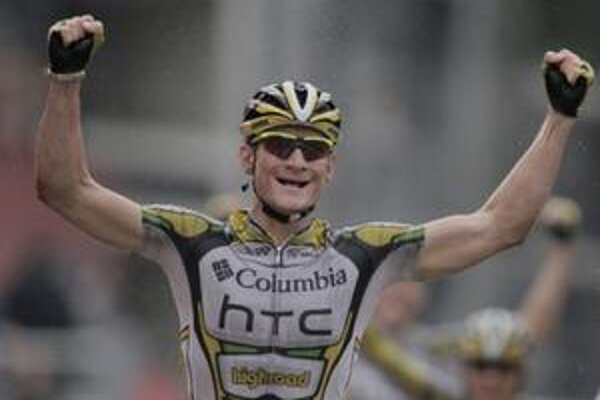 Nemec Greipel triumfoval v daždivej etapy Vuelty s cieľom v Liége.