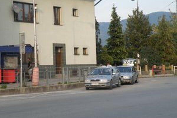 Taxikári vedia, že ich povolanie je nebezpečné.