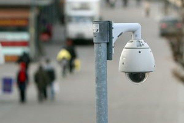 Kamery budú dohliadať na bezpečnosť ľudí a majetku v Ružomberku, Likavke a Liptovských Sliačoch.