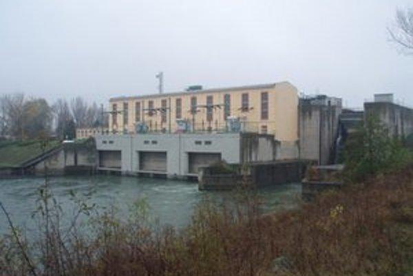 Koryto Váhu by mala v okrese Liptovský Mikuláš preťať ďalšia vodná elektráreň.