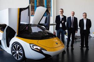 Prezentácia aeromobilu pre dpredstaviteľov diplomatického zboru na SR
