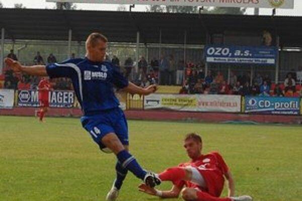 Hráči Mfk Tatran Liptovský Mikuláš v sobotu odohrali zápas 7. kola. Na domácom ihrisku privítali hostí zo Šale.