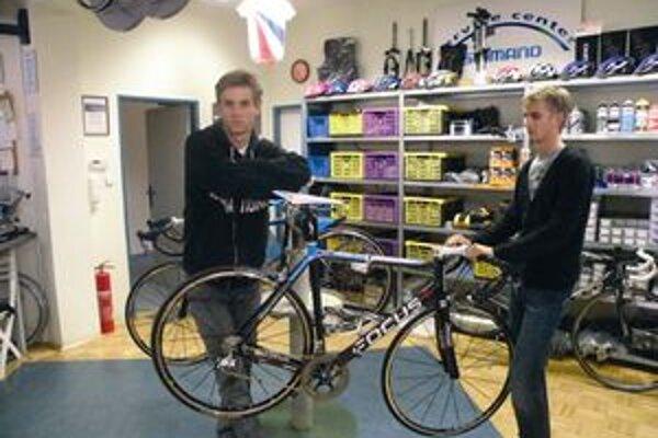 Martin Velits (vľavo) by rád napodobnil úspech brata Petra z Tour de France.