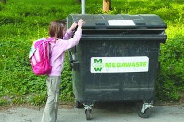 Možností, kde môžu obce voziť komunálny odpad, je málo.