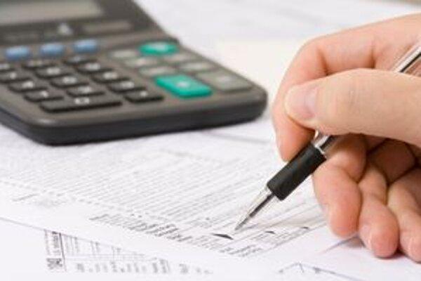 Ďalšou z možností, ako bojovať proti neplatičom daní je zverejnenie ich mien na internete.