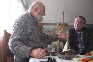 Maliar Eduard Tholt (vľavo) s Pavlom Petrášom.
