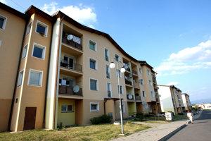 Do prvých nájomných bytoviek vo Zvolene sa sťahovali ľudia na sídlisku Sekier vroku 2003.