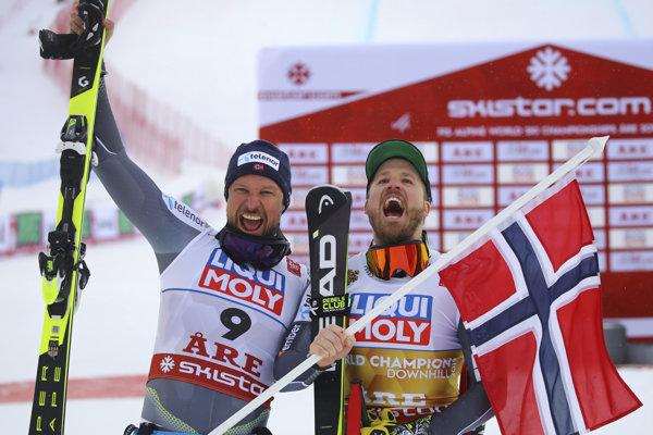 Aksel Lund Svindal (vľavo) a Kjetil Jansrud.