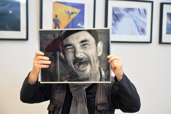 Výstava Juraja Fleischera na prízemí OC Galéria.