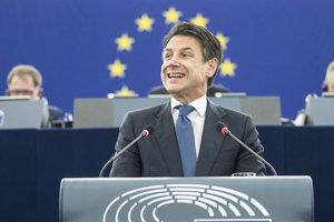Taliansky premiér Giuseppe Conte v utorok počas vystúpenia v Európskom parlamente.