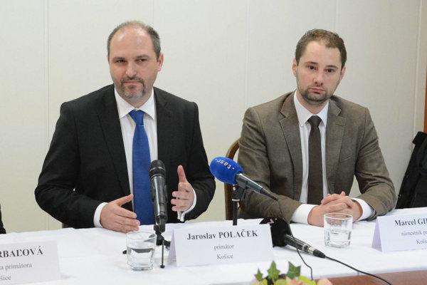 Primátor Polaček (vľavo) a viceprimátor Marcel Gibóda.