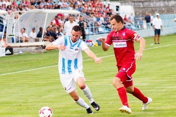 Róbert Valenta odohral v prvej lige na Slovensku a v Čechách 122 zápasov.