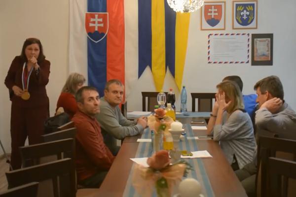 Starostka Fekišoviec počas rokovania zastupiteľstva.