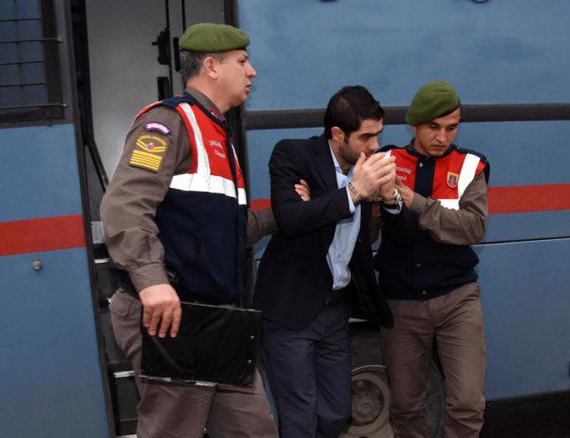 Jeden z obvinených Sýrčanov Asem Alfrhad.