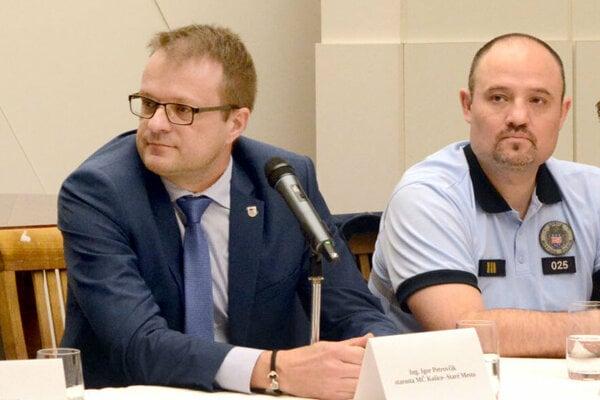 Staromestský starosta aj miestny šéf mestskej polície predstavili opatrenia súvisiace s hokejovým šampionátom.