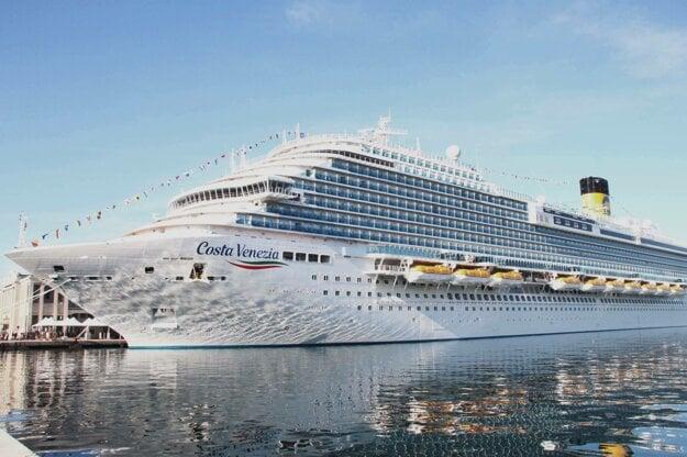 Costa Venezia v prístave Trieste