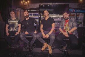 Rocková skupina Massriot.