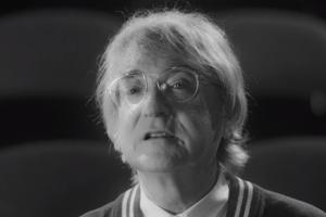 V novom videoklipe je Miro Žbirka iba porotcom.