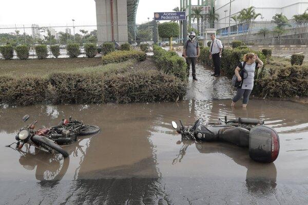 Záplavy v okolí Sao Paula.