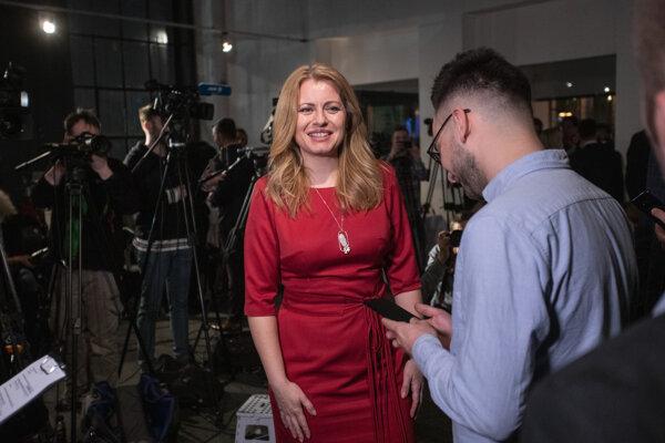 Hovorca kandidátky na prezidentku SR Zuzany Čaputovej Martin Burgr a kandidátka na prezidentku SR Zuzana Čaputová.