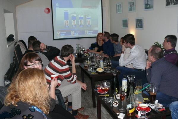 Priaznivci Zuzany Čaputovej čakali na výsledky spoločne.