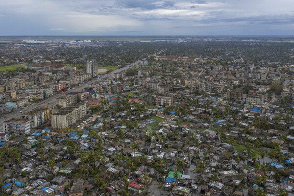 Letecký pohľad na meste Beira v Mozambiku.
