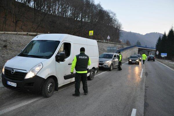 Dnešná policajná akcia v Širokej.