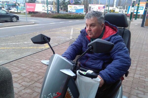 Jozef Mucha je na vozíčku od roku 1990.