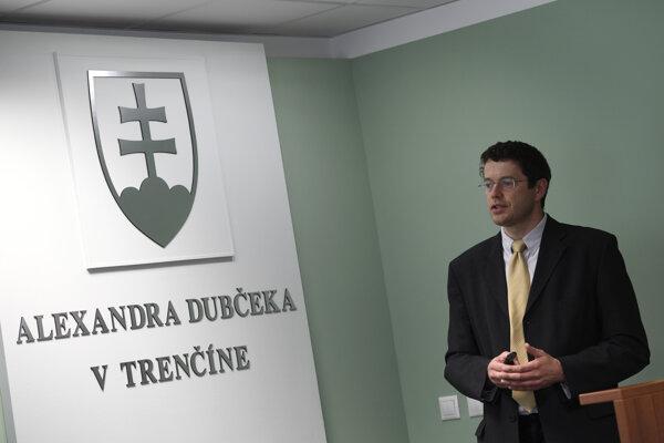 Dušan Galusek