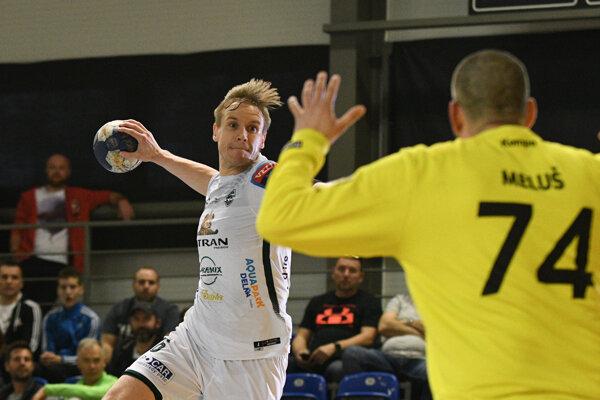 Tatran v Piešťanoch triumfoval o osem gólov 30:22.