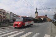 Staršie midibusy by mali nahradiť nové elektrobusy.