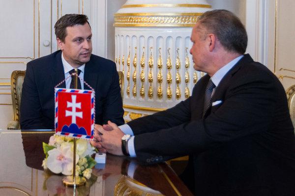 Šéf SNS Andrej Danko s prezidentom Kiskom.