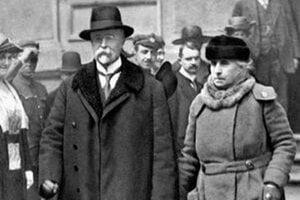 T. G. Masaryka chcel vidieť každý. Na námestie v Banskej Bystrici prišlo 20 tisíc ľudí.