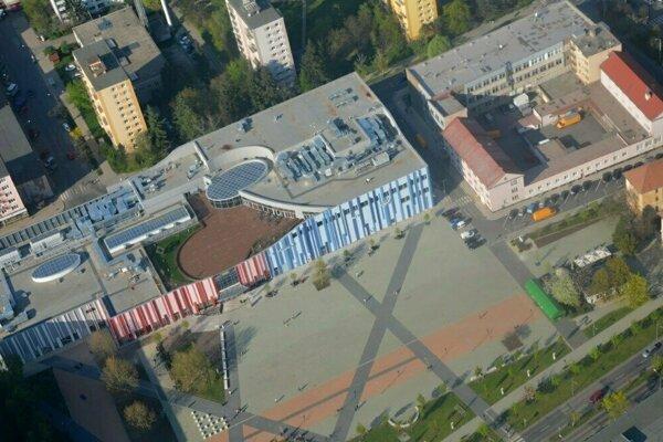 Námestie rebubliky v Lučenci bolo lokalitou najčastejšieho páchania priestupkov.