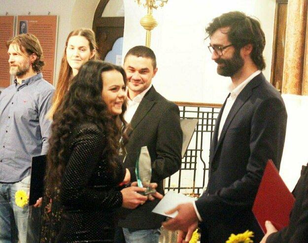 Dominika Holicová je najúspešnejšou športovkyňou Nitry za rok 2018. Blahoželal jej aj primátor Marek Hattas.