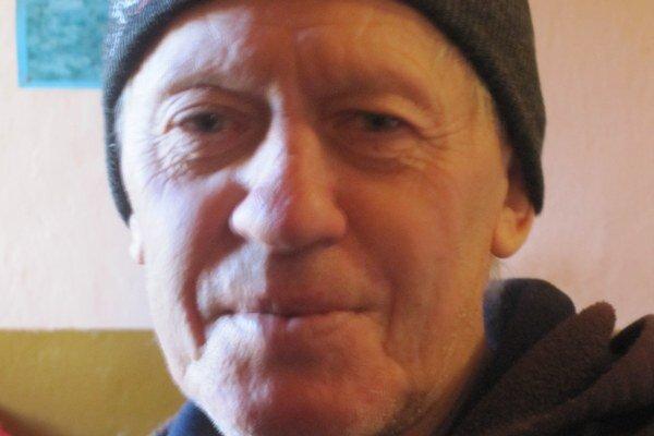 Pavel Krnáč - aj jeho otec kopal hroby.
